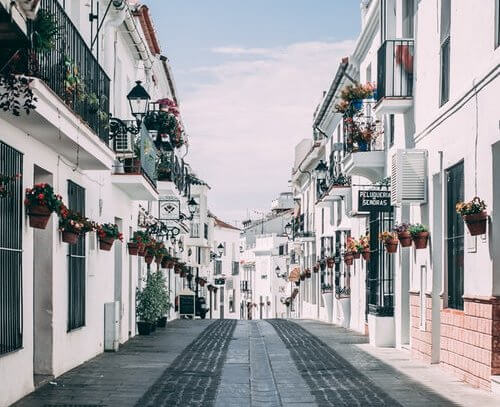 Tips to keep in mind when you come to live in Spain